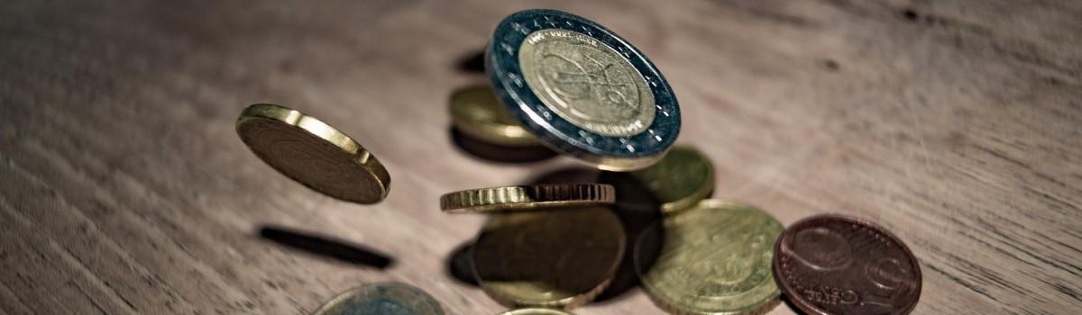Sindikat Mladi plus vabi k reševanju ankete o ekonomskem položaju mladih